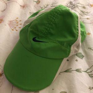 NIKE green sport hat 🧢